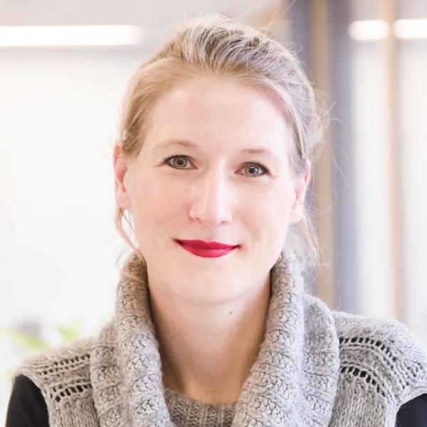 Nina Völker